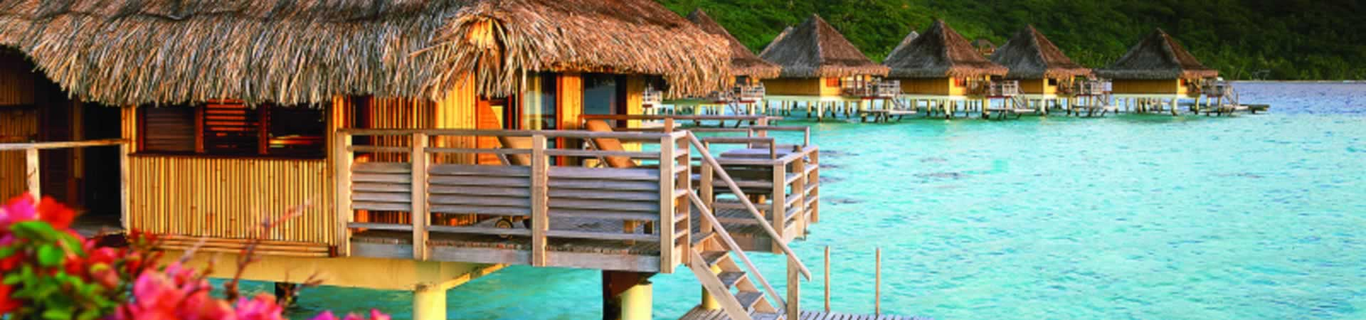 Leisure Travel Slider – Over Water Bungalows