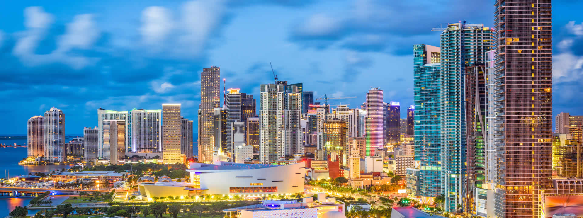 Miami Private Jet Charter Skyline view